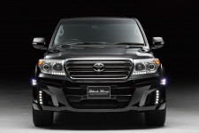 "Бампер передний с LED оптикой ""Wald Black Bison"" Toyota Land Cruiser 200 (2012-н.в.) рестайлинг"